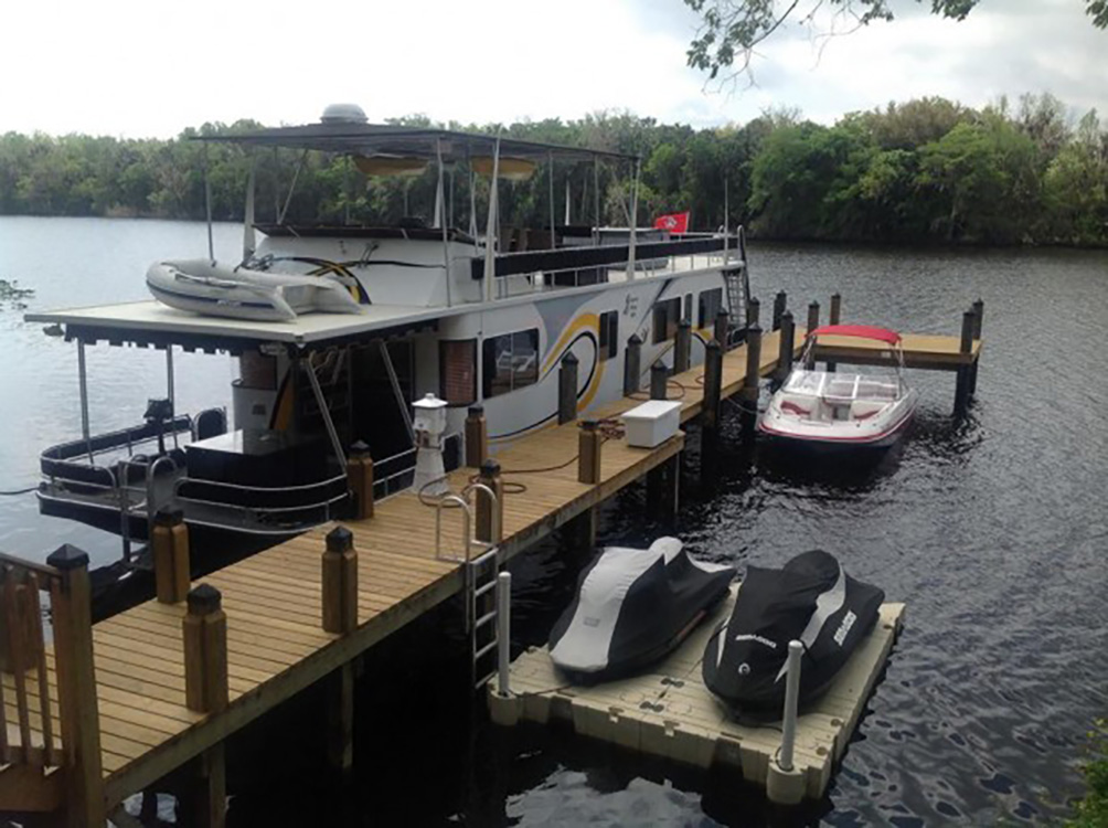 boat dock builders