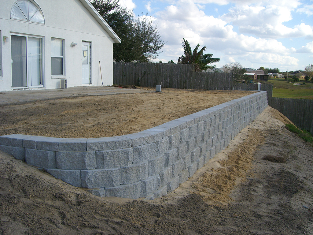 lake-county-retaining-wall