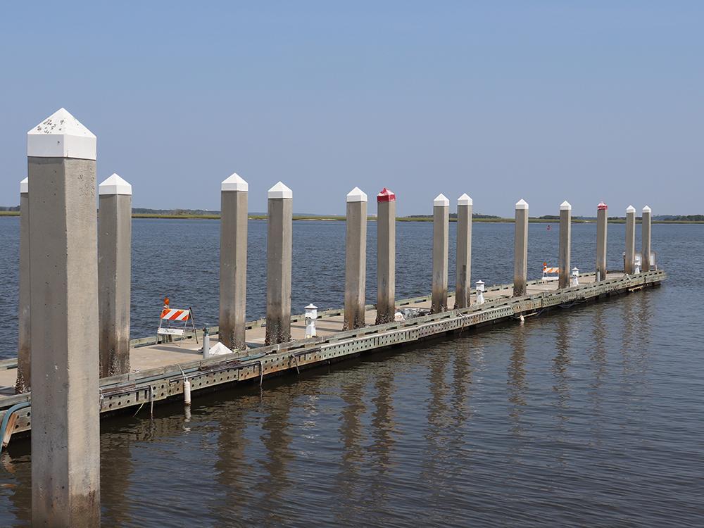 concrete floating dock builders