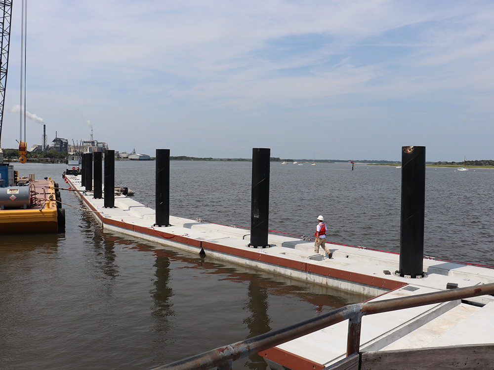 concrete floating dock contractors