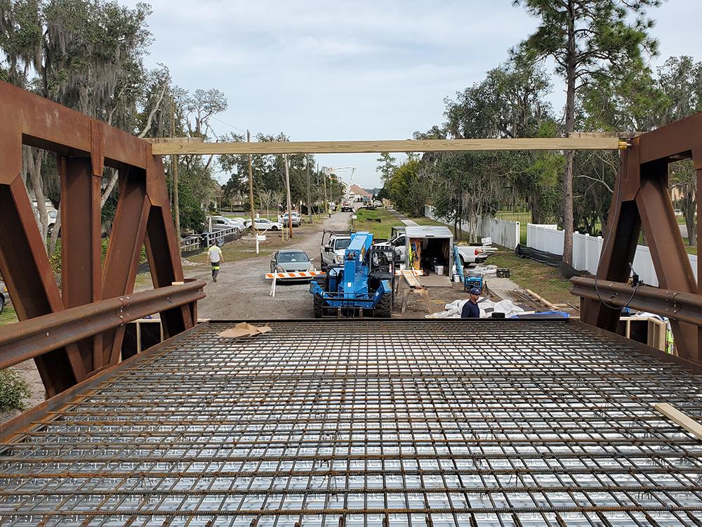 pocket lane vehicle bridge construction