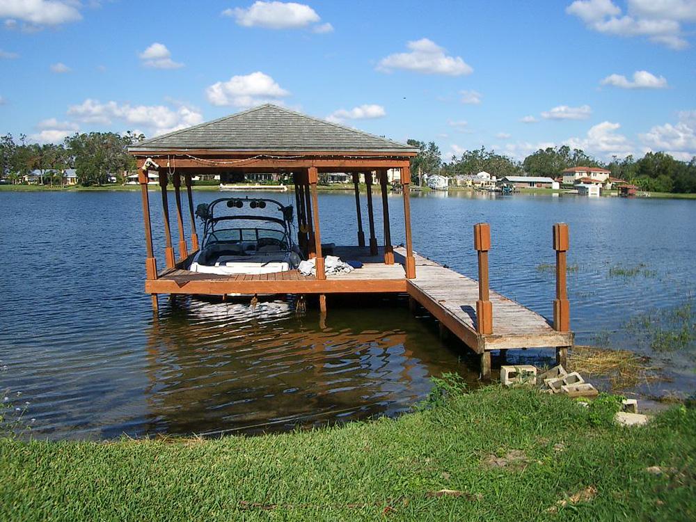 basic-boathouse-construction