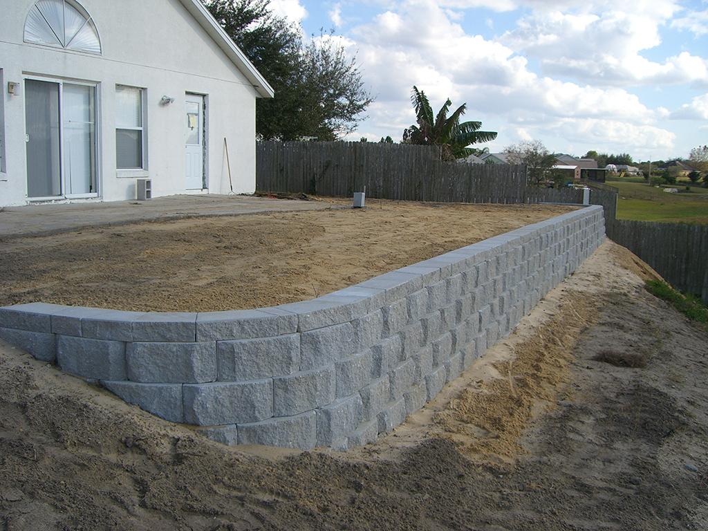 lake-county-retaining-wall
