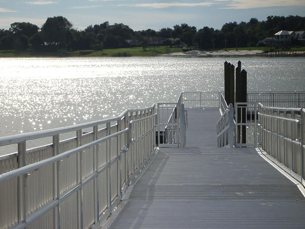 aluminum floating dock builders