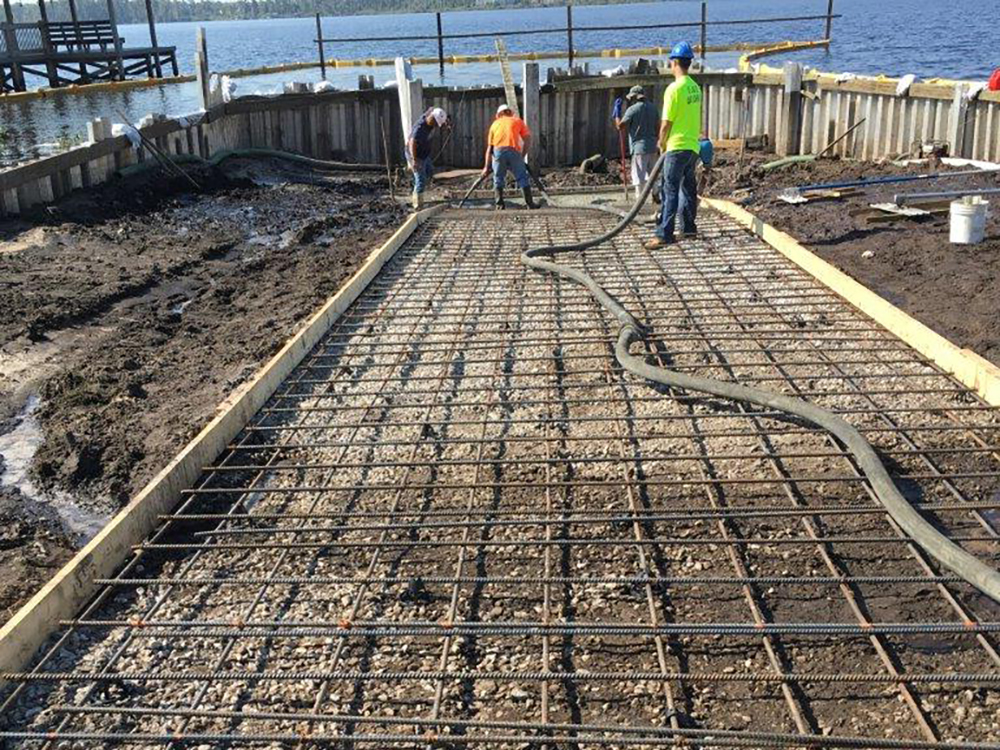cofferdam for boat ramp installation