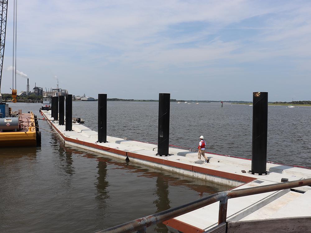 concrete floating dock contractors