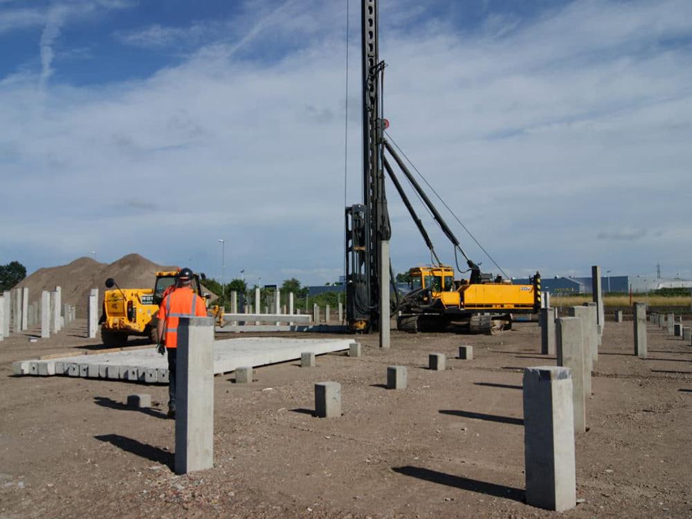 concrete piling companies